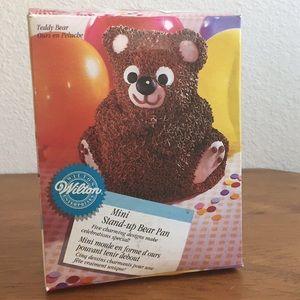 Adorable Mini 3D Stand-up Bear Cake Pan